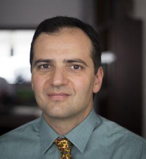 Dr. Renato Falci Júnior