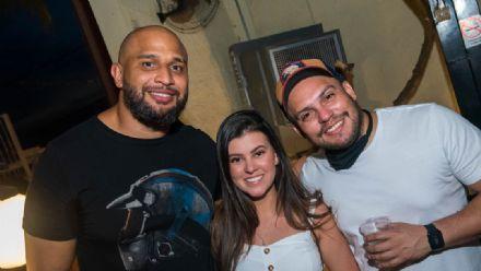 Bar do Jarbas reabre as portas - confira as fotos