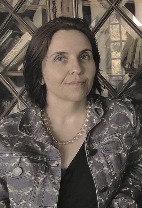 Escritora de Cuiabá, Divanize Carbonieri está na grande final do prêmio Jabuti