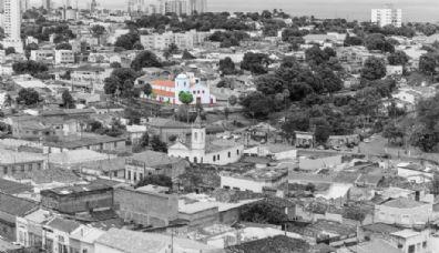 Fotógrafa lança livro que documenta cotidiano da região Central de Cuiabá