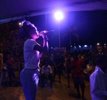 'Hip-Hop Combate às Drogas' distribui máscaras em carreata cultural