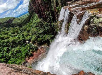 Site mapeia 158 cachoeiras de MT e dá dicas de viagens