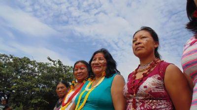 Mulheres Kurâ-Bakairi empreendem projeto de moda indígena pela Lei Aldir Blanc