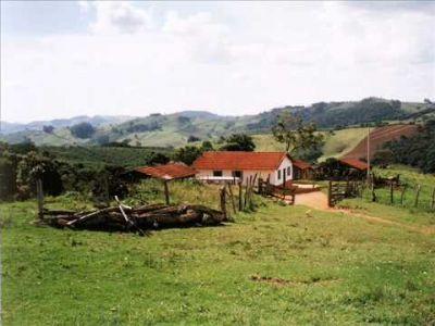 Cresce número de pessoas que residem no campo e atuam fora da agropecuária