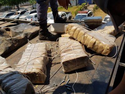 Motorista é preso com quase 200 kg de cocaína em MT