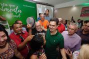 MDB e mais 12 partidos esperam resposta de Emanuel que diz; 'dá vontade de ser candidato'