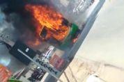 Ônibus pega fogo em avenida de VG; Veja vídeo