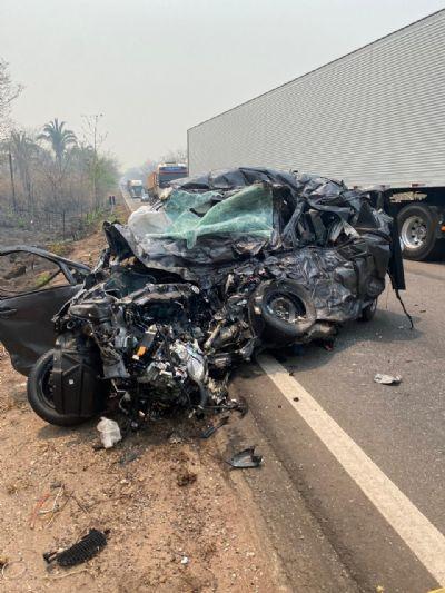 Três pessoas morrem em grave acidente na BR-174