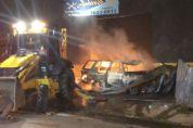 Vídeo   Incêndio de grandes proporções destrói funilaria e casa vizinha em Cuiabá