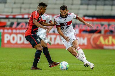 Flamengo visita o Athletico, vence e larga bem na Copa do Brasil