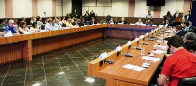 Judiciário e Estado discutem sobre saúde nas unidades prisionais