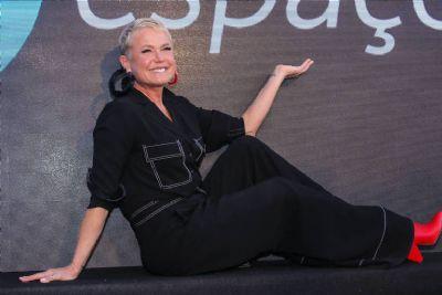 Xuxa diz que nunca usou drogas e que os fãs querem que ela tenha corpo dos anos 1980