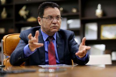 Botelho reclama de 'falta de interesse' de deputados para discutir PL Cota Zero; votação é prorrogada