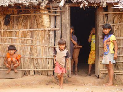 Em MT, povos indígenas sofrem com uma nova invasão: o coronavírus; entenda