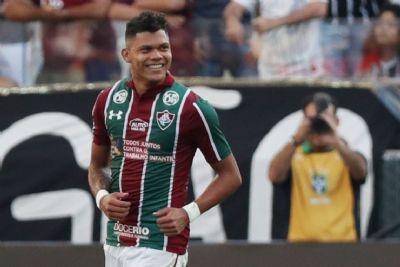 Fluminense vive perde e ganha de revelações
