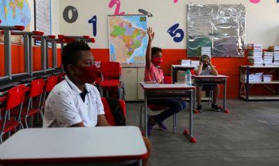 Pandemia de covid-19 fez ensino e papel do professor mudarem