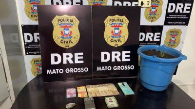 Traficante é preso comercializando drogas em frente aos filhos