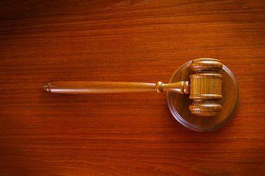 Homem é condenado a 15 anos de prisão por matar travesti