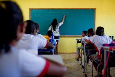 Em uma semana, 50 escolas de MT desistem de manter greve