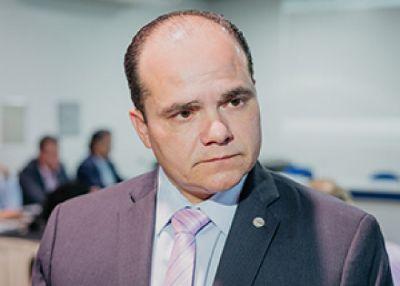 Após ser acusado de agressão, presidente da OAB-MT se afasta do cargo