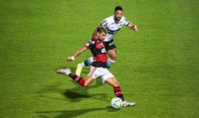 No Brasileirão, Flamengo recebe Coritiba em busca de recuperação