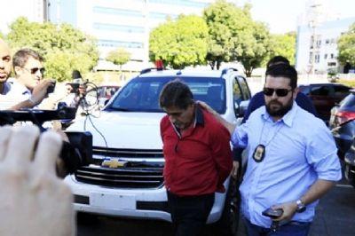 Oficial de justiça acusado de corrupção passiva é afastado do cargo