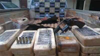Caminhonete em nome de prefeito de MT é apreendida com 83kg de cocaína; traficante é morto