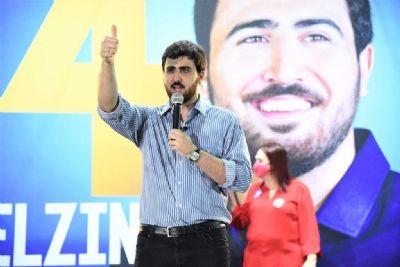 Emanuelzinho diz ter sido chantageado para desistir e alfineta os Campos
