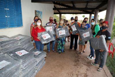 Prefeitura distribui cobertores para população em situação de rua