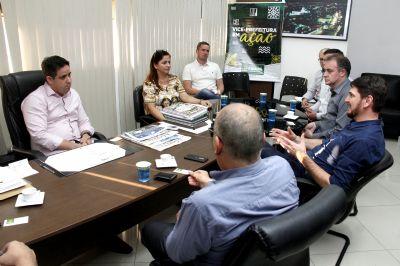Vice-prefeito e cooperativa de crédito dialogam sobre investimentos na Capital