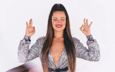Juliette assina contrato milionário para lançar coleção em loja de roupa
