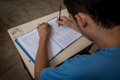 Adolescentes do Socioeducativo superam desafio do ensino a distância e fazem Enem