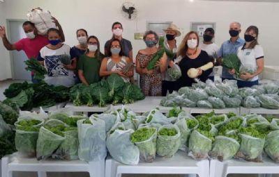 Agricultores doam uma tonelada de alimentos às famílias em situação de vulnerabilidade