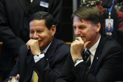 Mourão: ideal seria Bolsonaro reeleito para 'assentar as bases' de crescimento
