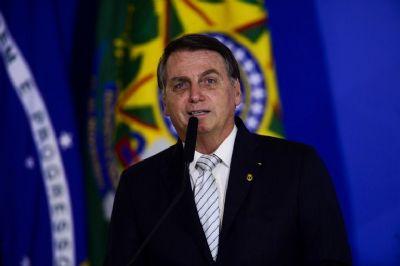 Ataques de Bolsonaro a Barroso geram reação em defesa do STF