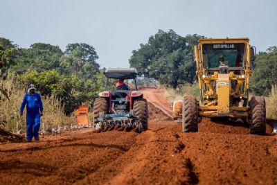 Governo investe R$ 142 milhões em obras de pavimentação da MT-100