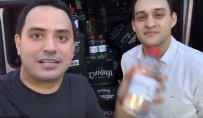 Vereadores entregam álcool gel