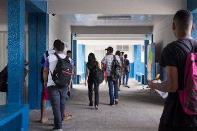 Escolas da Capital ainda disponibilizam vagas para ensino fundamental e médio