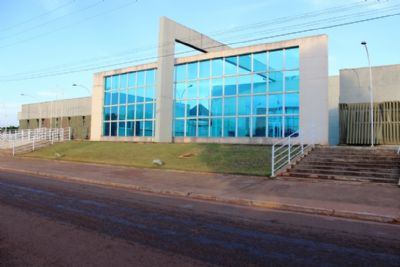 Judiciário determina que município reconstrua calçadas da cidade