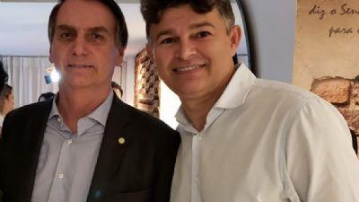 Com racha no PSL, Medeiros cresce na liderança do governo na Câmara
