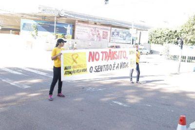 'Pit Stop' no centro de Rondonópolis chama atenção para um trânsito mais seguro