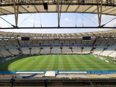 Em reunião com a Ferj, Flamengo insiste em público nas finais do Carioca; Prefeitura reforça veto