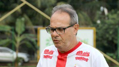 Técnico Caé Cunha não viaja e é demitido do União às vésperas de decisão na Série D