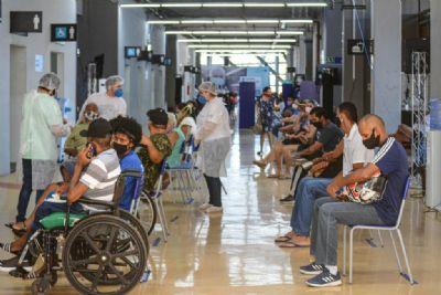 Em 3 dias, mais de 500 pessoas testam positivo para o coronavírus no Centro de Triagem