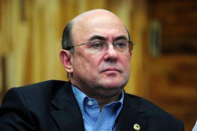Riva diz que colabora com MP, mas nega delação