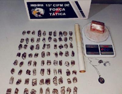 Força Tática prende suspeito com 82 porções de maconha no Zero KM