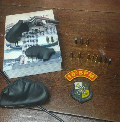Policiais auxiliam vítimas de tentativa de homicídio e apreendem revólver e munições