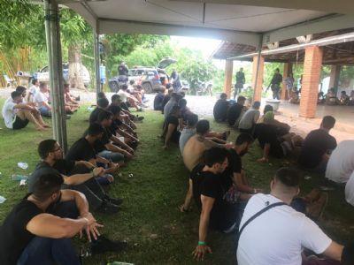 Doze são presos por tráfico e corrupção de menores em festa rave para VIPs; fotos e vídeos (Atualizada)