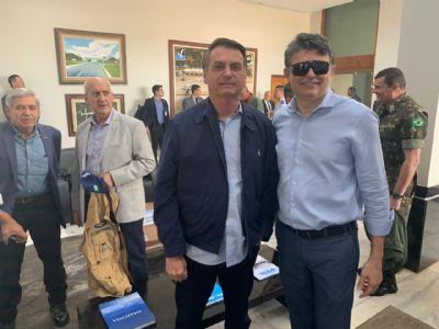 Bolsonaro embarca para inaugurar BR-163 e anuncia redução no frete; VEJA VÍDEO