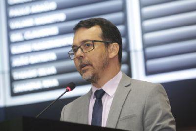 Lúdio Cabral entra na Justiça contra projeto que cria VI para TCE e secretários de estado